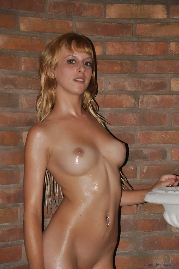 Naked girls oiled up latina