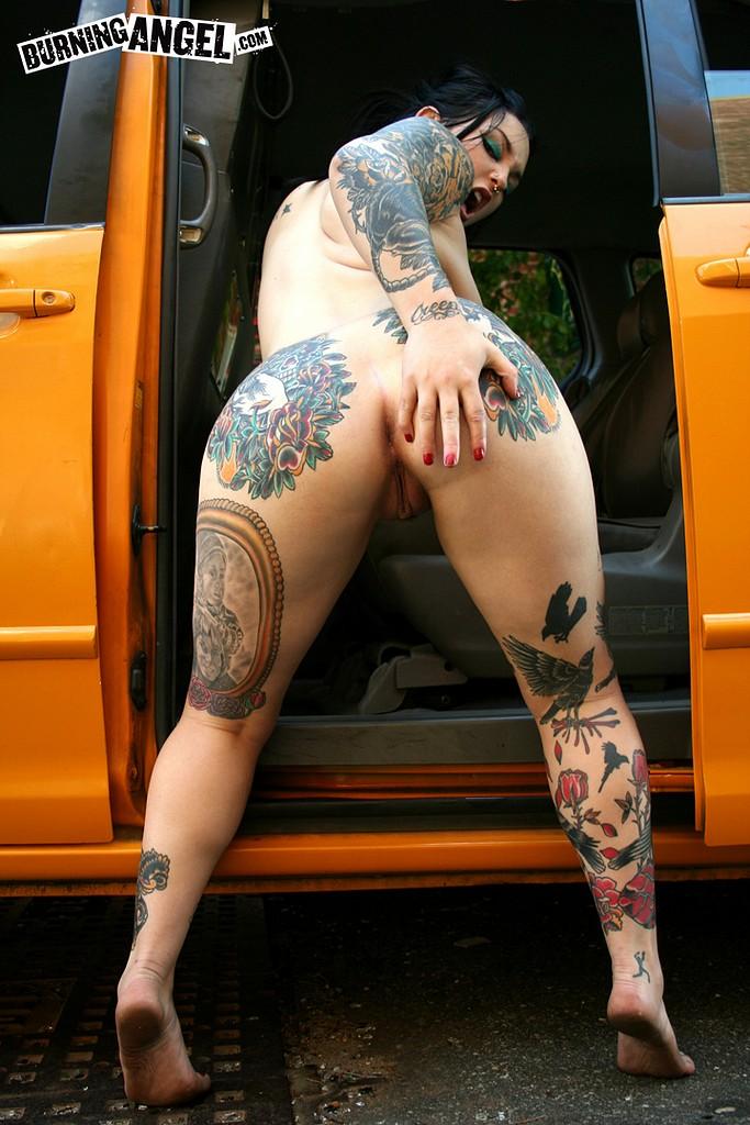 Chubby tatooed girl sucking riding cock cum on face 2