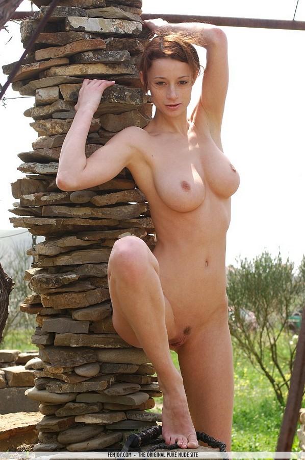 Dirty naked rave girls