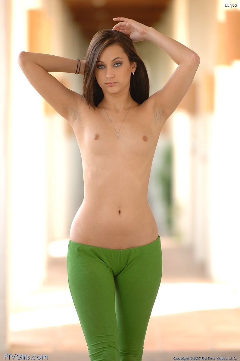 Green girls nude