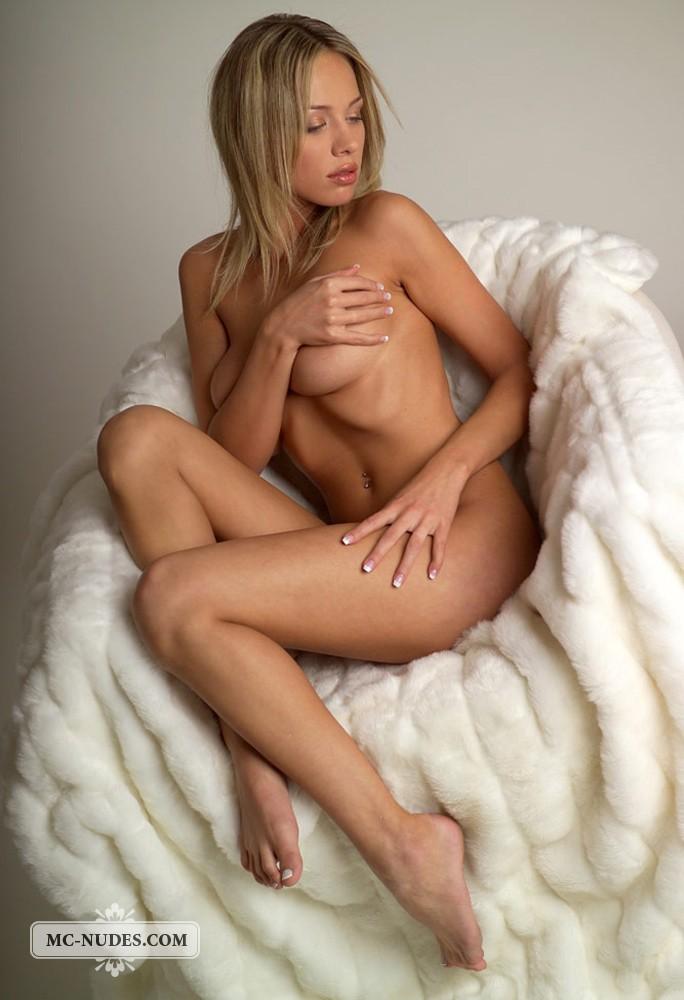 golie-puhlie-blondinki