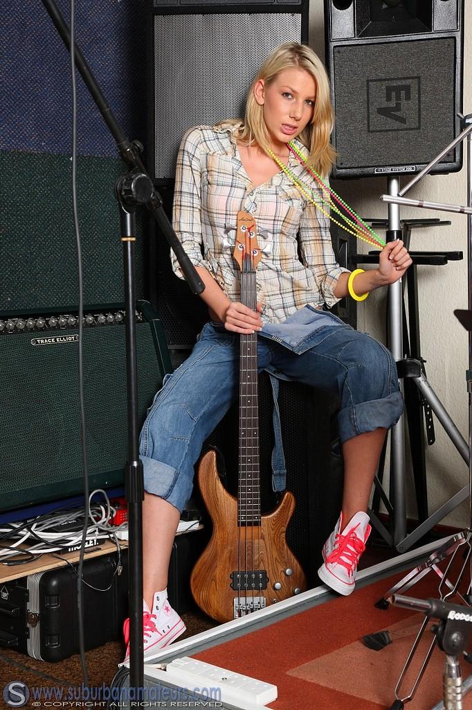 Blonde rock chick Danielle shows her nude body | Nextdoor ...