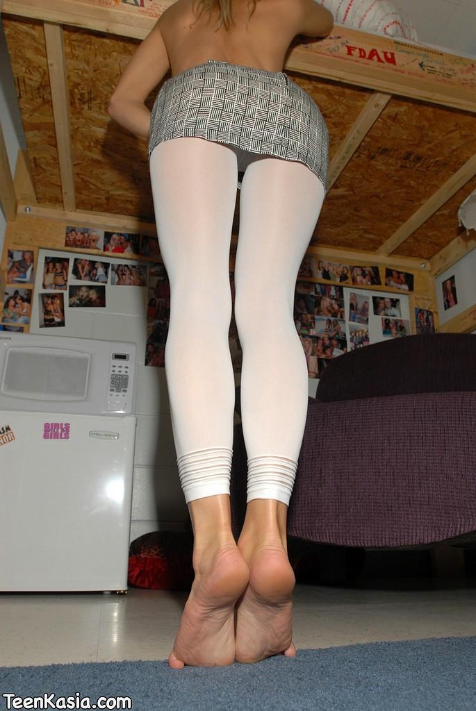 white tights Teenkasia