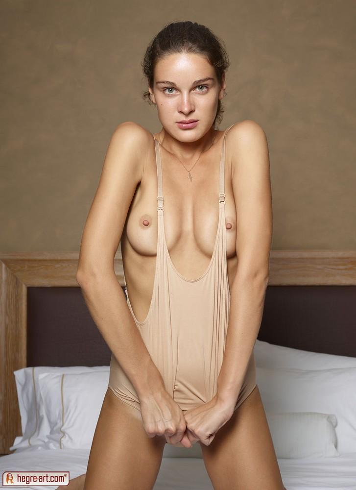 Hard bodies nude female