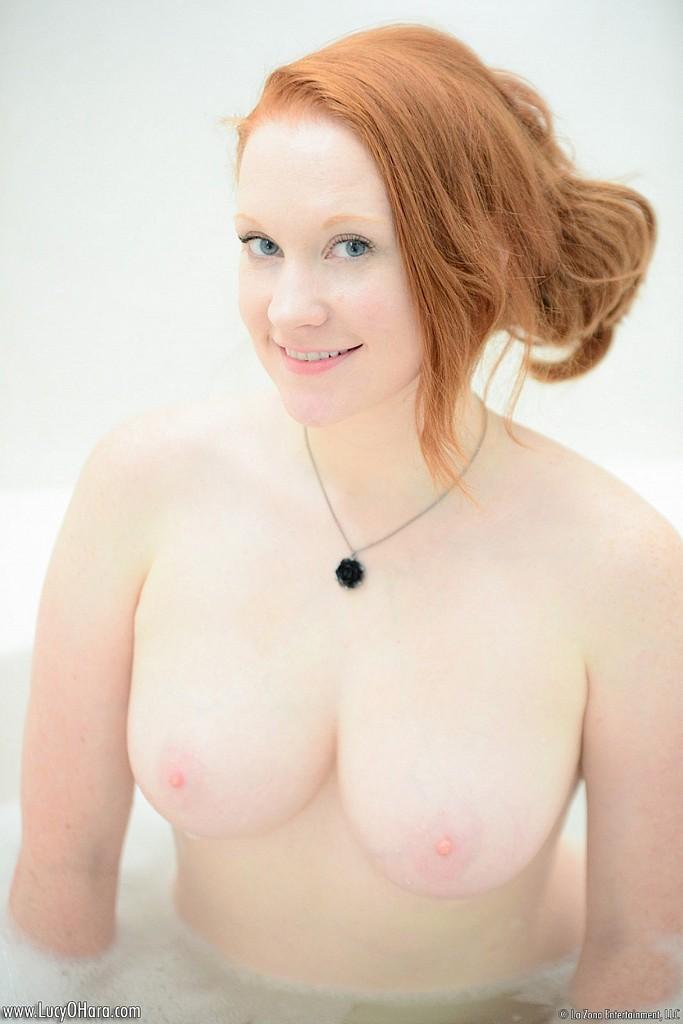 Nude Amputee