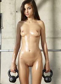 Sexy and petite brunette Nikola works out nude | Nextdoor Mania: www.nextdoormania.com/hegre-nikola.php